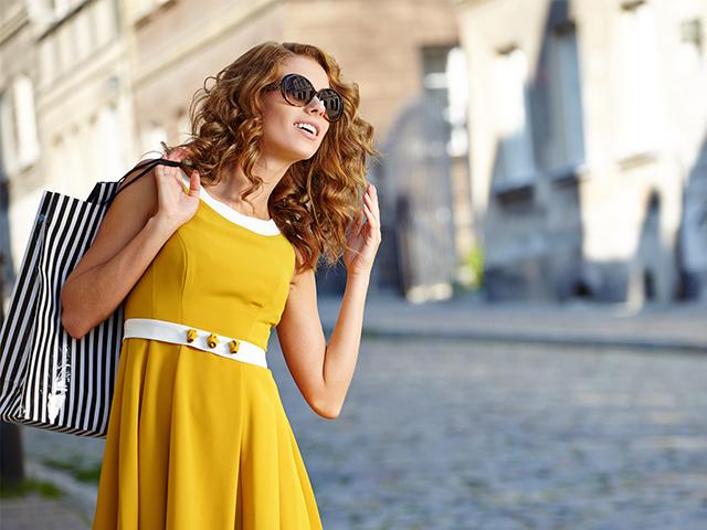 4e46d97559 Tips para vestirte según tu color de cabello - Blog Flexi