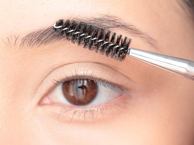 Cómo maquillar las cejas paso a paso - Blog Flexi