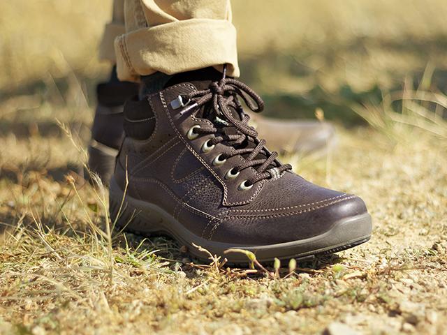 043309b9b4 Zapatos para caballero inspirados en la naturaleza