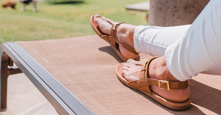Outfit Para La Playa: Top 3 Zapatos Que No Te Pueden