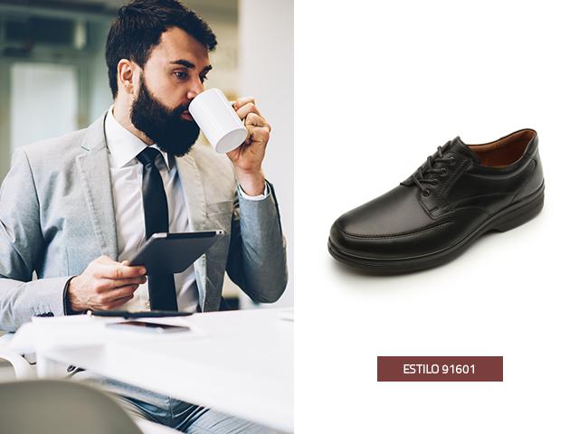 Te presentamos este zapato clásico que puedes usar en un día casual en la oficina, los zapatos de hombre para traje nunca sobran en el armario