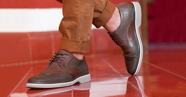 84238f6c Combina tus outfits con estos zapatos de hombre para traje - Blog Flexi