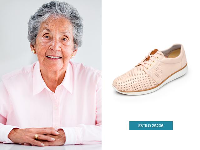 Los zapatos tenis son uno de los regalos para abuelos que les encantan, este modelo en Piel Extra Suave será el indicado para consentir a tu abuelita