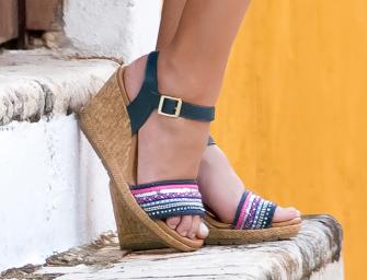 Últimas tendencias en sandalias de playa para el verano