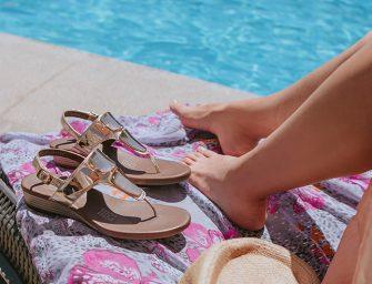 Combina tus outfits de verano con tus zapatos Flexi