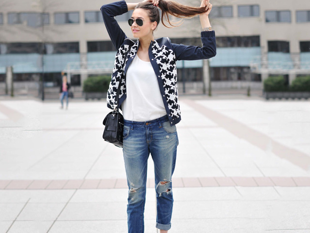 3 outfit ideas for metallic shoes - Flexi News