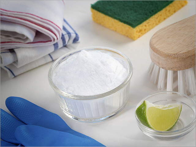 how to clean white shoes with baking soda