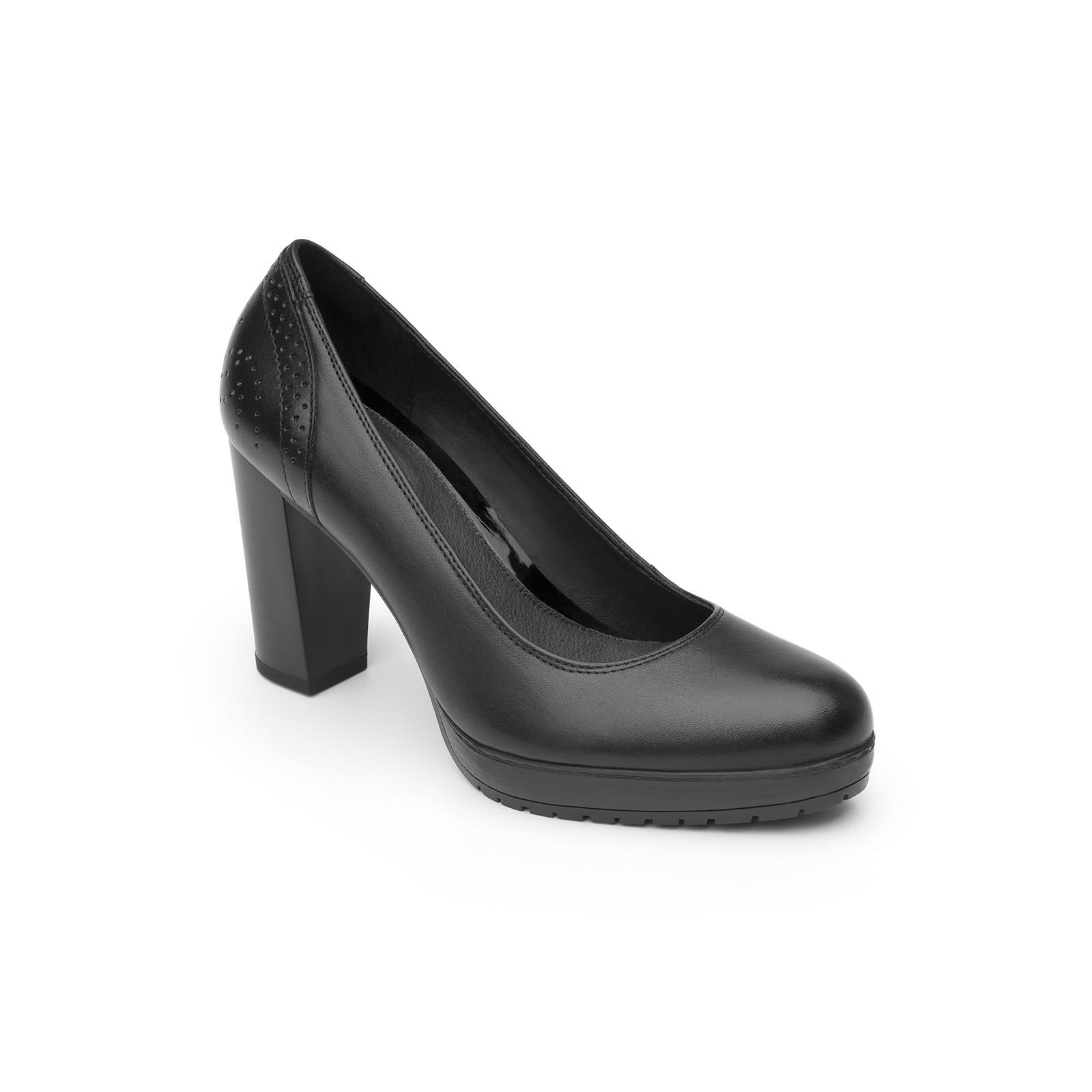 Dolores 41801 in Black : Women's Pumps